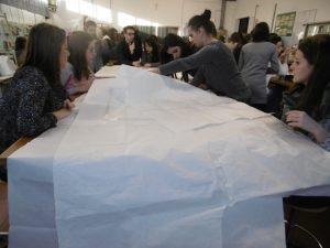 Groupe mixte d'élèves en Italie